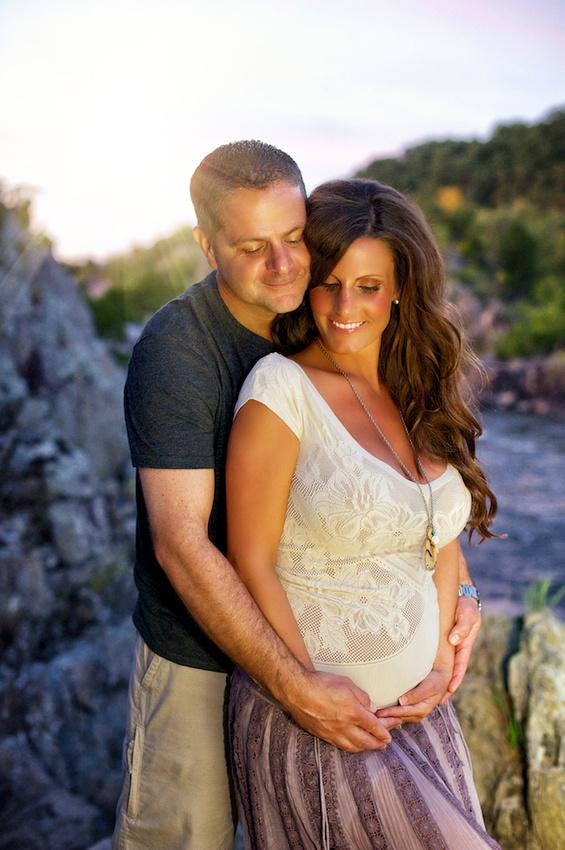Maternity portrait in great falls va