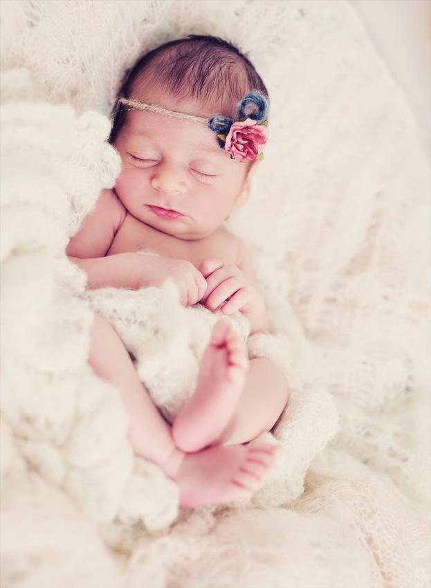 Ariana Newborn Session