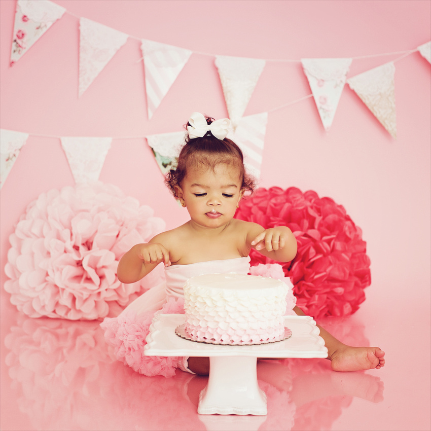 Emeri's 1st Birthday Session